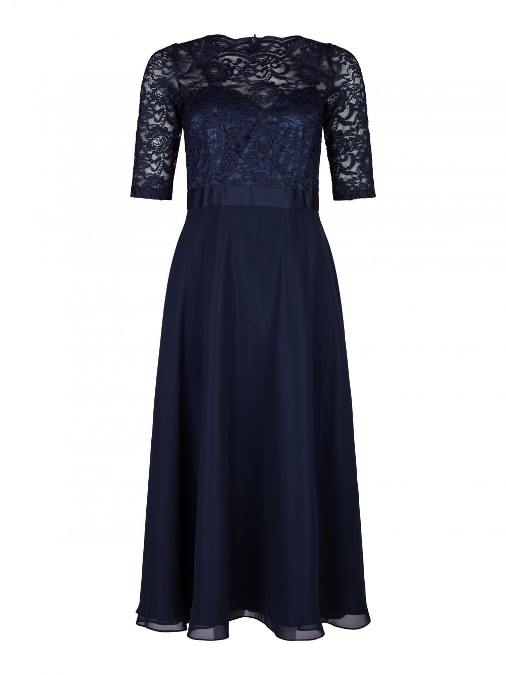Klänningar | Handla din nya klänning online här! | WAKAKUU