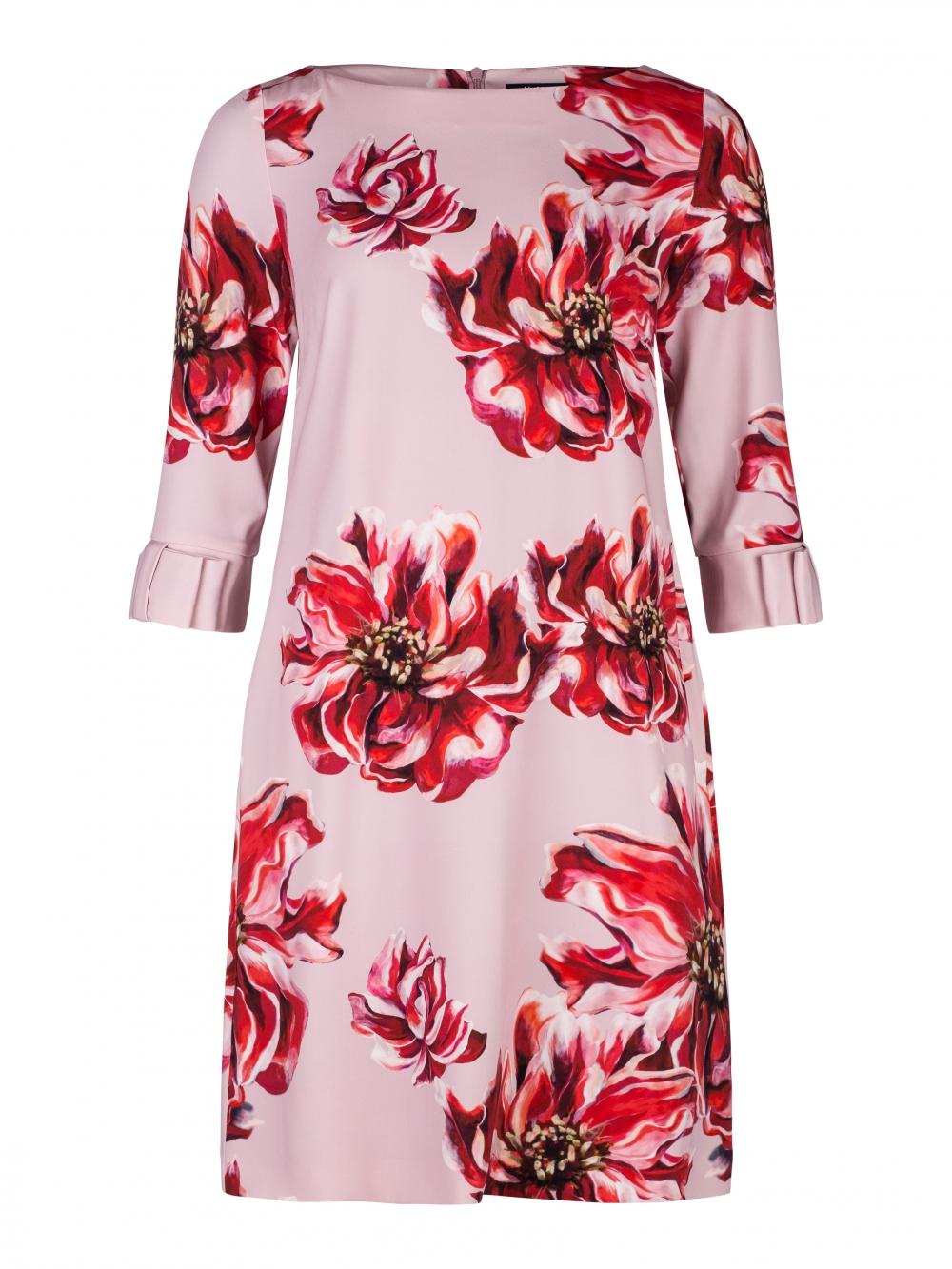 Klänning från Vera Mont handla i butik eller online hos